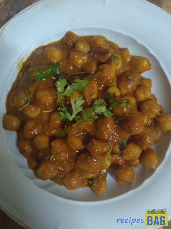 Chole curry / Chole ka salan for puri